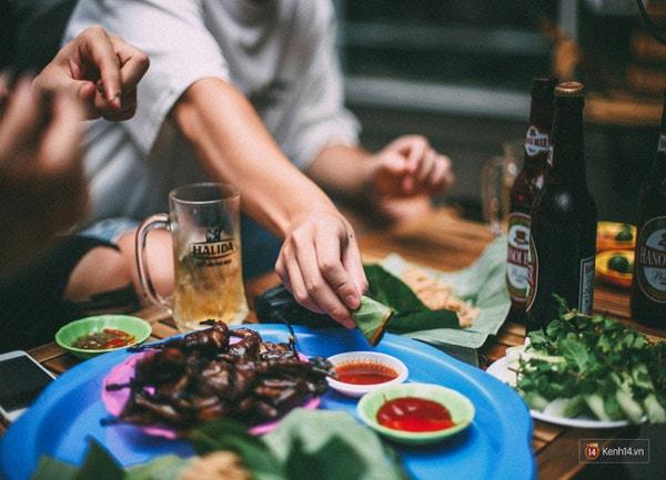 Mùa đông, nhất định phải lượn lờ ăn những món nướng nổi tiếng ở Hà Nội