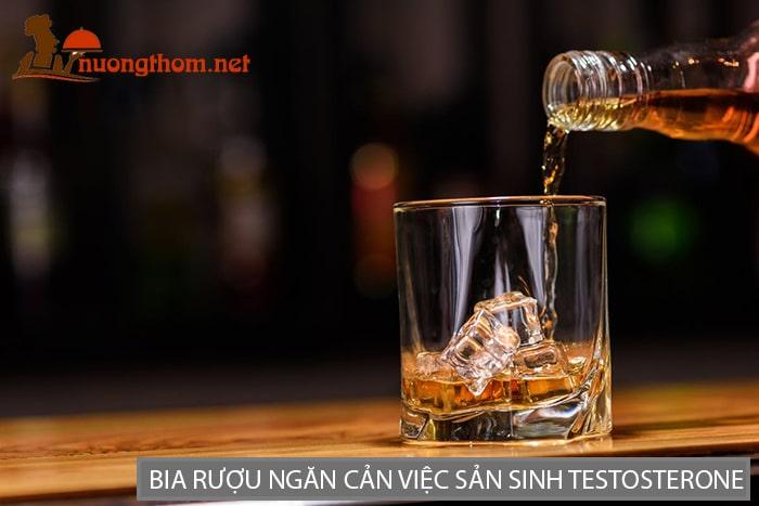 Lạm dụng bia rượu cực kỳ có hại cho sinh lý nam giới
