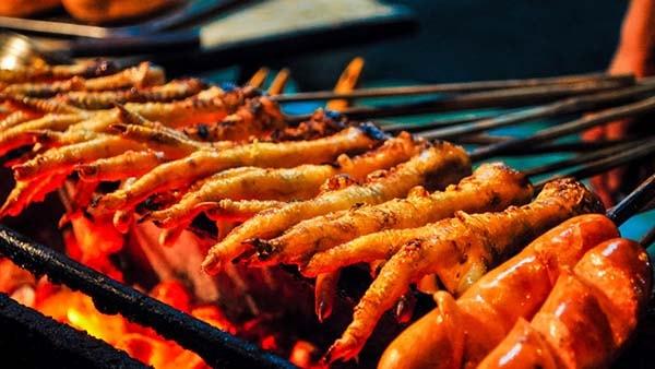 Cách ướp và làm chân gà nướng muối ớt ngon miễn chê