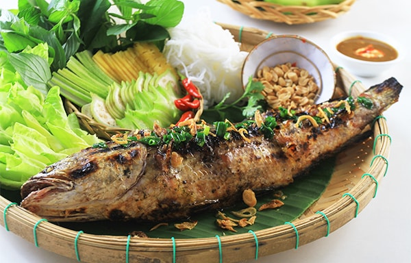 Cá lóc nướng trui - món ăn dân dã của miền tây