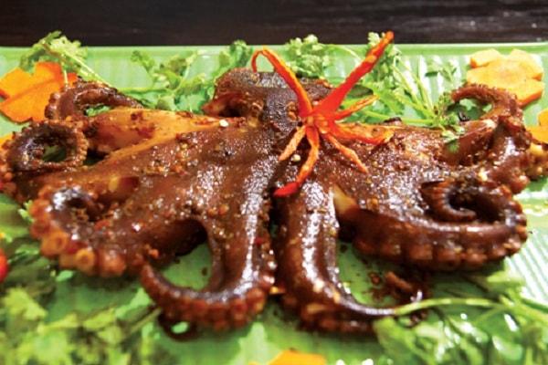 Các món hải sản nướng vô cùng thơm ngon hấp dẫn 5