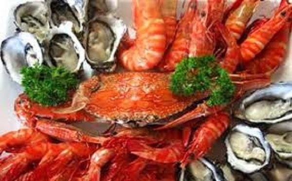 Những ai không nên ăn hải sản nướng? 2