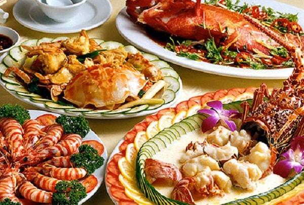 Những ai không nên ăn hải sản nướng?