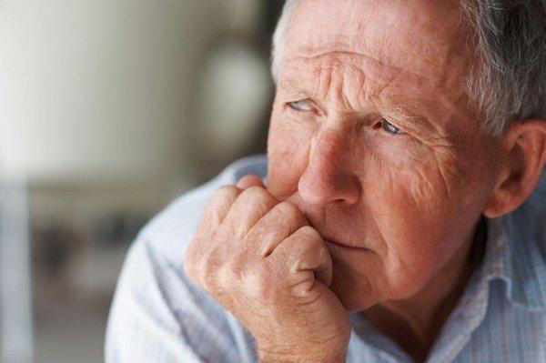 Cách nhận diện bệnh teo não ở người lớn tuổi 1