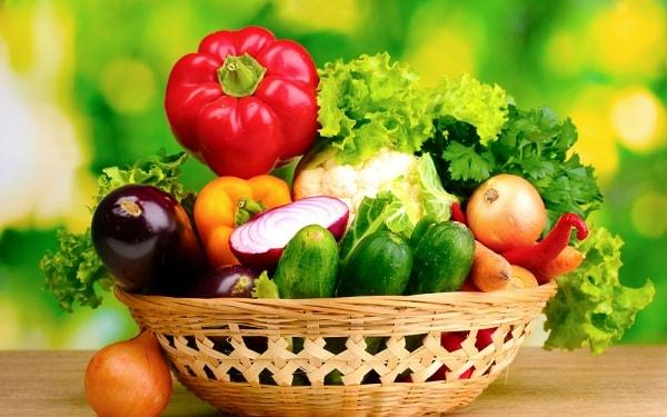 Người nhiễm HIV nên ăn nhiều rau quả tươi