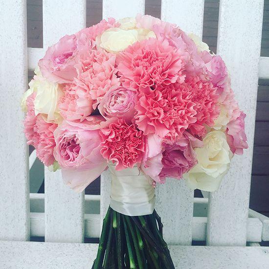 Món quà ý nghĩa dành tặng thầy cô là hoa Cẩm Chướng màu hồng