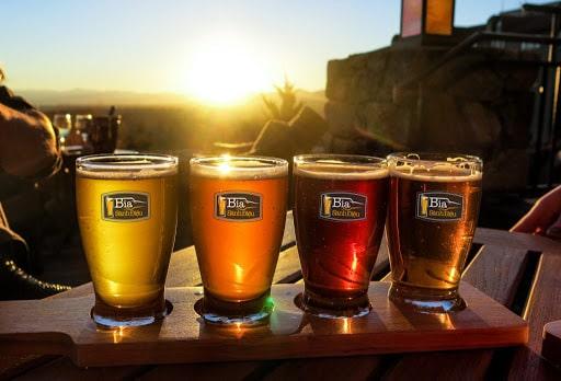 Màu sắc bia là yếu tố rất lớn dùng để phân biệt bia thủ công và cider