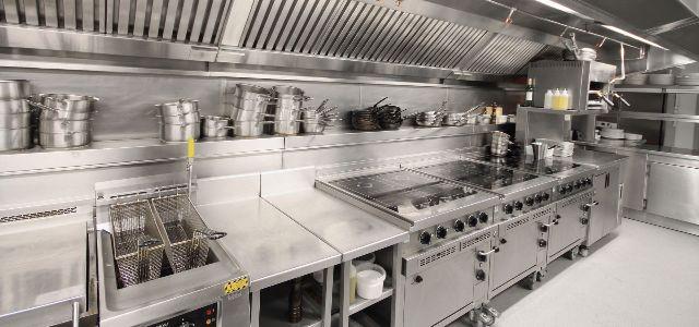 Bật mí cách bố trí bếp inox công nghiệp trong các nhà máy