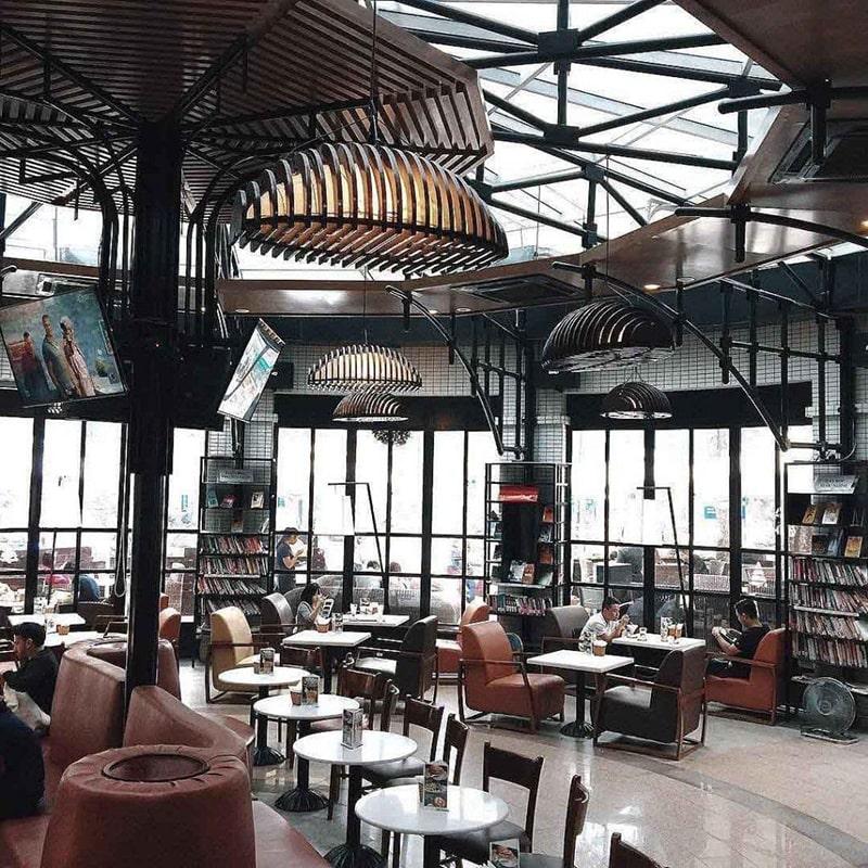 Helio coffee là 1 trong những quán cafe dành cho dân văn phòng ở Hà Nội